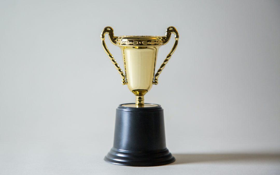 Concursos, competiciones y  torneos  para hobbistas
